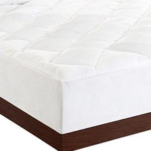 Utopia Bedding Matratzenauflage – Matratzenschonbezug, Stretch bis zu 38 cm Tief, Plüsch, weich und hochwertige Matratzenauflage (Weiß,160 x 200 cm)