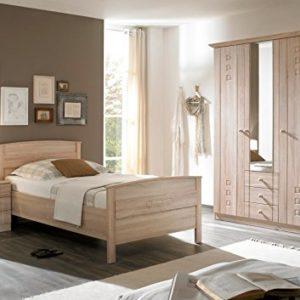 Schlafzimmer / Seniorenzimmer mit Komfortbett Schrank Kommode Eiche Dekor