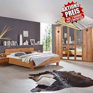 lifestyle4living Schlafzimmer, Schlafzimmermöbel, Set, Schlafzimmereinrichtung, 4-teilig, Drehtürenschrank, Bett, Nachtschrank, Erle, teilmassiv, 180×200