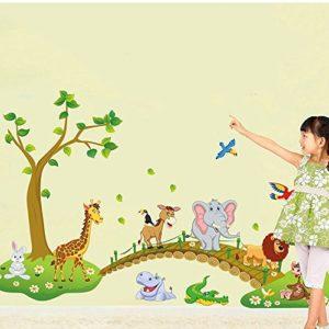 ufengke® Grünen Baum Niedlichen Löwen Kaninchen Giraffe Elefanten Überqueren Der Brücke Wandsticker, Kinderzimmer Babyzimmer Entfernbare Wandtattoos Wandbilder