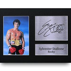 HWC Trading Sylvester Stallone A4 Ungerahmt Signiert Gedruckt Autogramme Bild Druck-Fotoanzeige Geschenk Für Rocky…