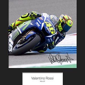 FRAME SMART Valentino Rossi #1 | Signierter Fotodruck | 10×8 Größe passt 10×8 Zoll Rahmen | Maschinenschnitt | Fotoanzeige | Geschenk Sammlerstück